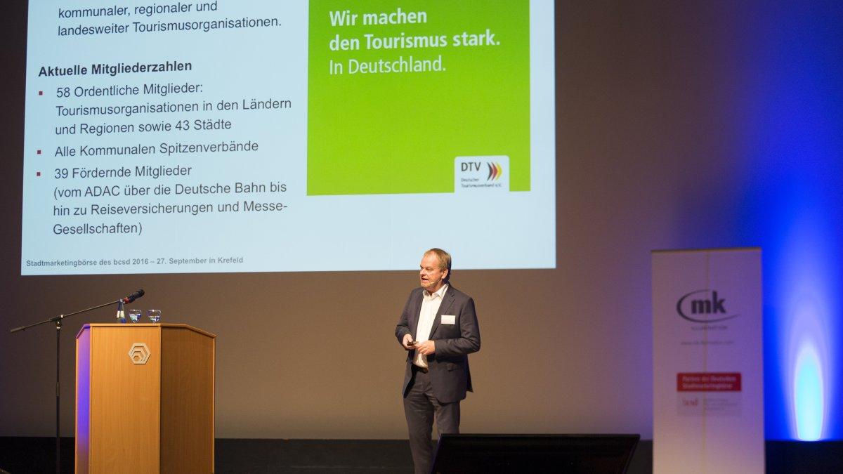 Dirk Dunkelberg