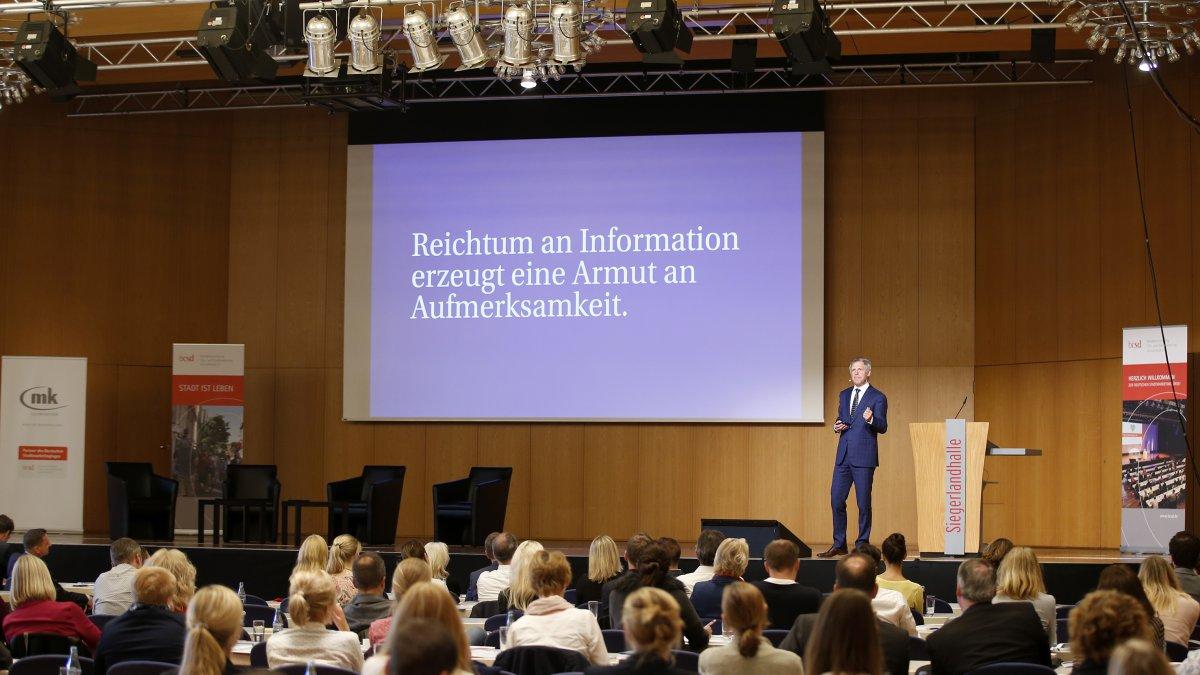 Vortrag von Christoph Engl